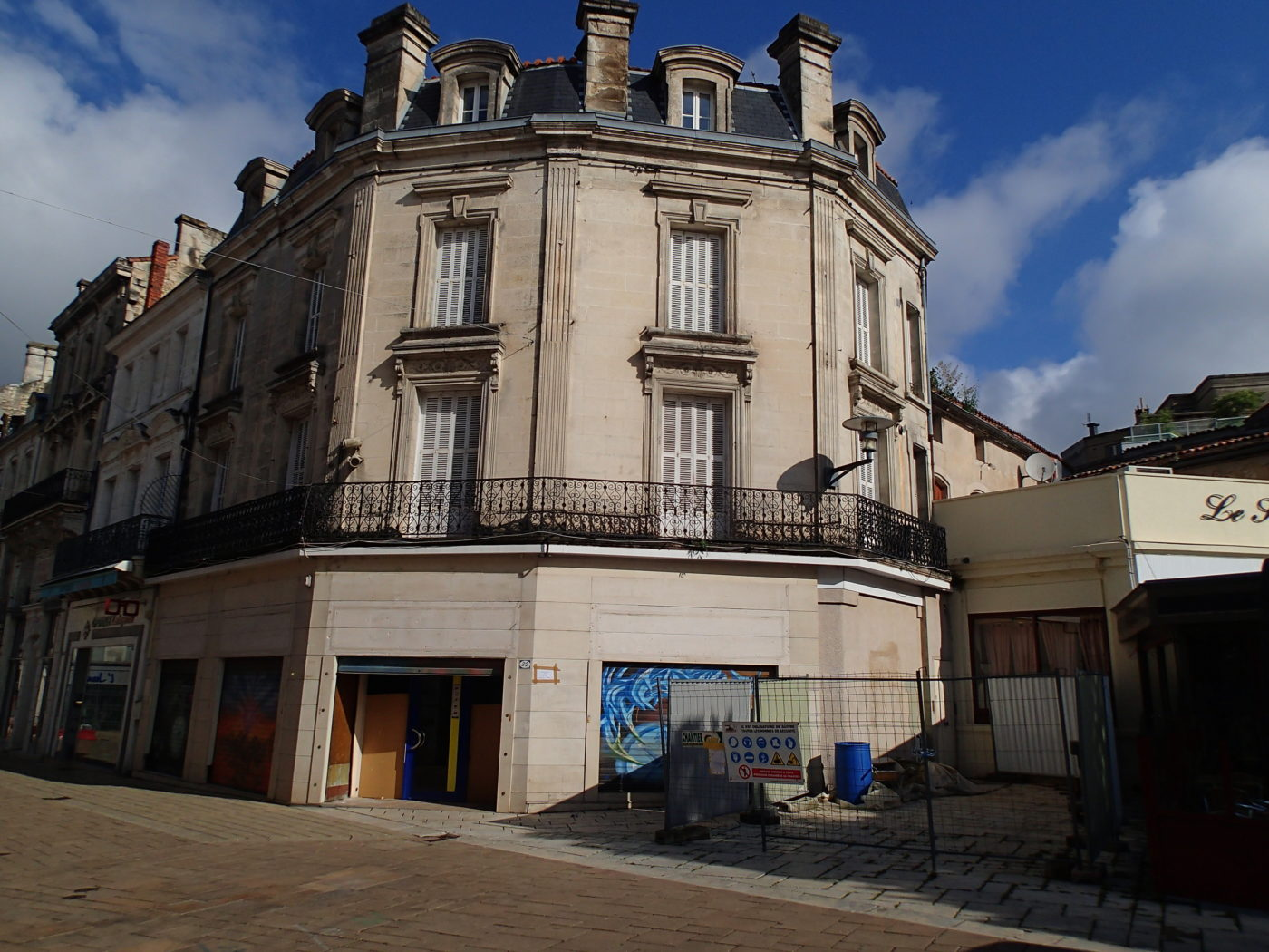 place SAINT MARTIAL ANGOULEME